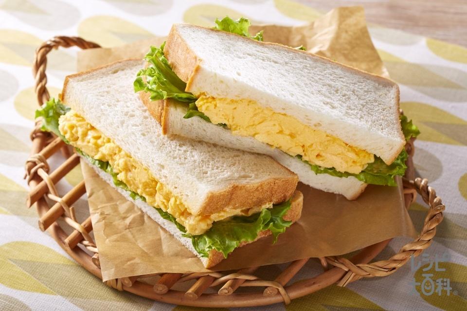 簡単たまごサンド(食パン8枚切り+卵を使ったレシピ)