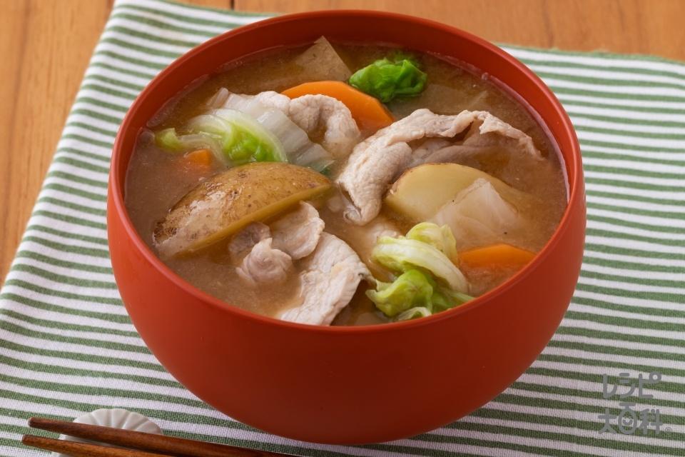ごろごろ野菜の絶品豚汁(豚ロース薄切り肉+じゃがいもを使ったレシピ)
