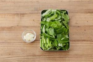 空心菜の中華炒めの作り方_0_1