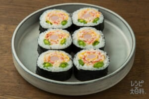 お花のサラダ風巻き寿司~魚肉ソーセージ~