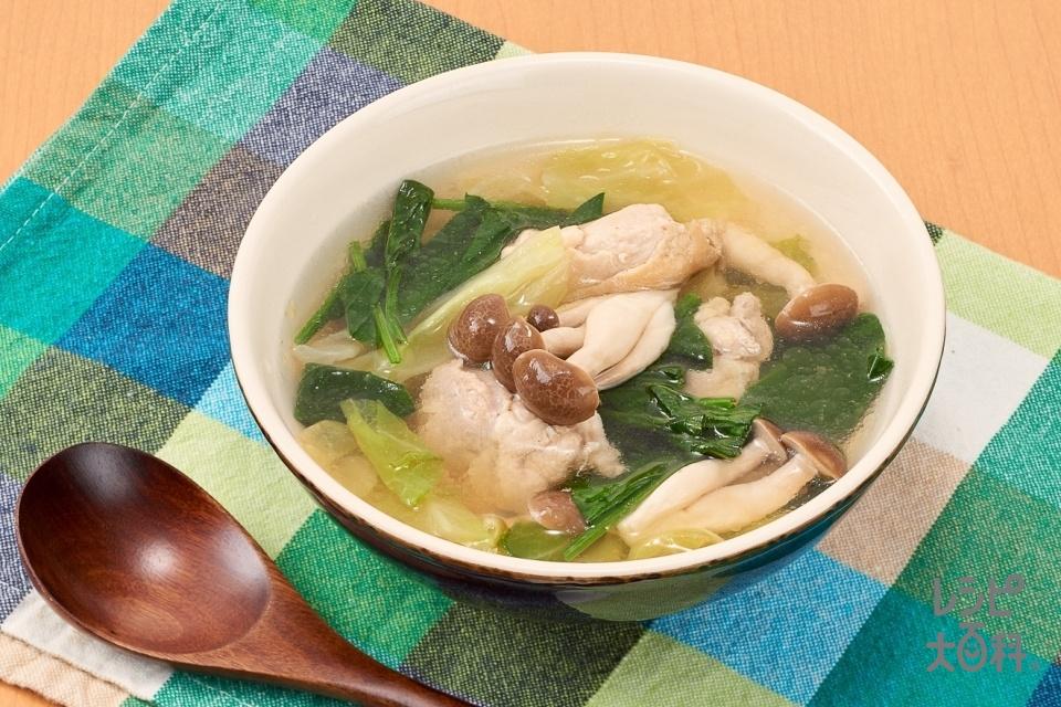 鶏肉と野菜の具だくさんおかずスープ(鶏もも肉+キャベツを使ったレシピ)