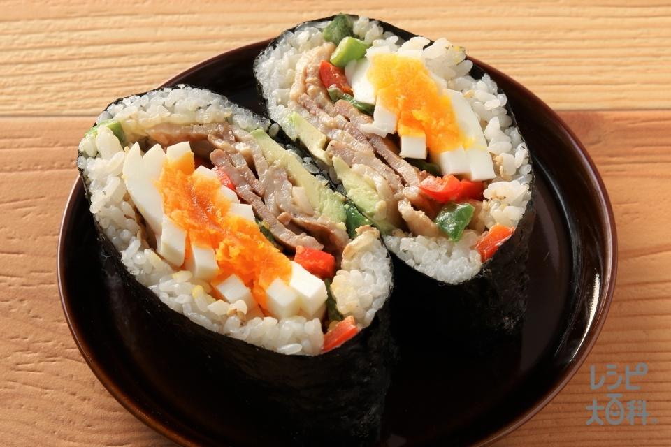 具リッチ豚バラピーマンおにぎり (ご飯+豚バラ薄切り肉を使ったレシピ)