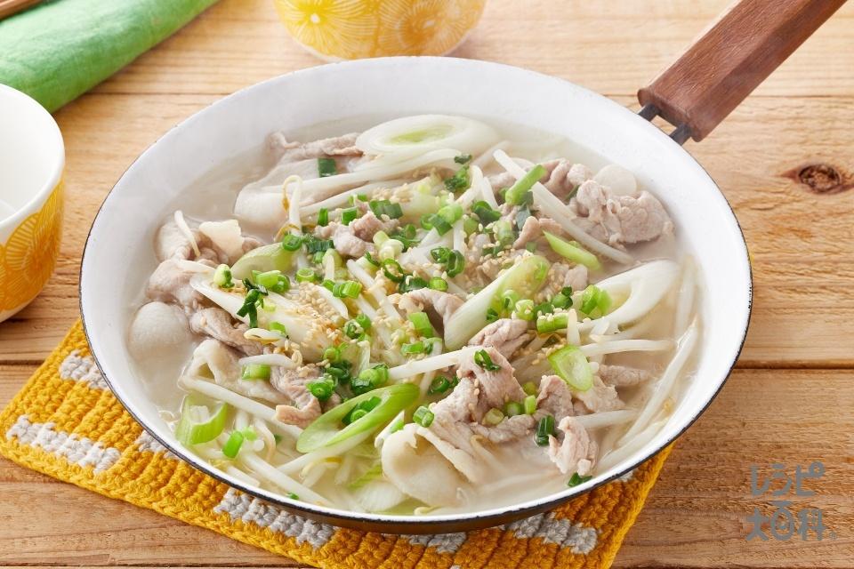豚肉ともやしのねぎごま炒め鍋(豚こま切れ肉+もやしを使ったレシピ)