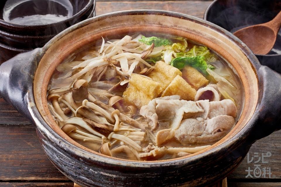 豚肉とごぼう・きのこの鍋(豚バラ薄切り肉+ごぼうを使ったレシピ)