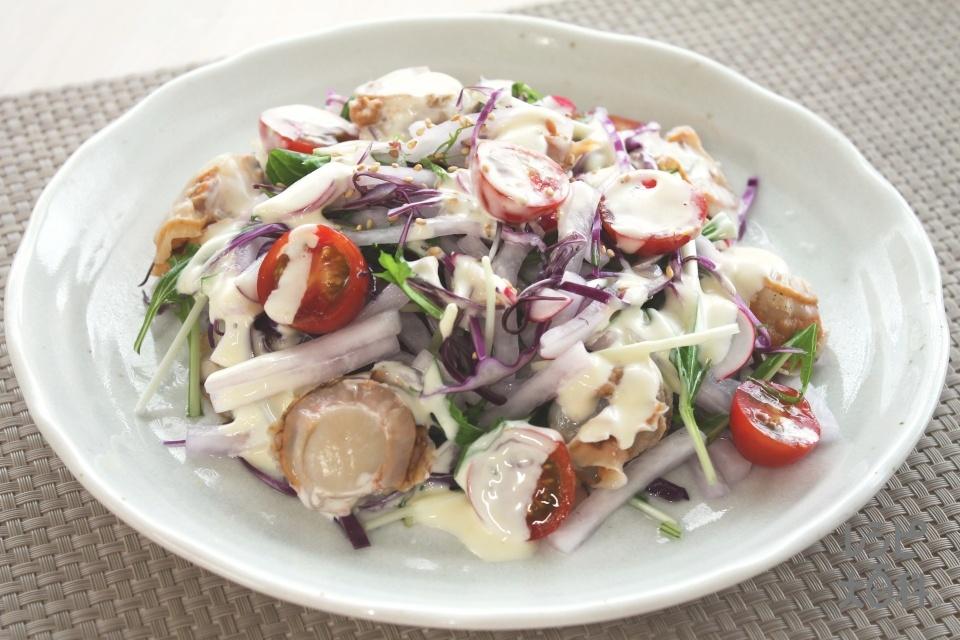 彩り野菜と帆立のサラダ
