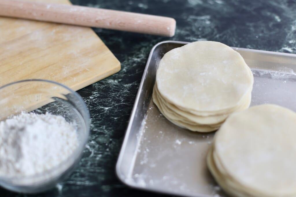 冷蔵庫のあまりものBeforeAfter<餃子の皮レシピ編>