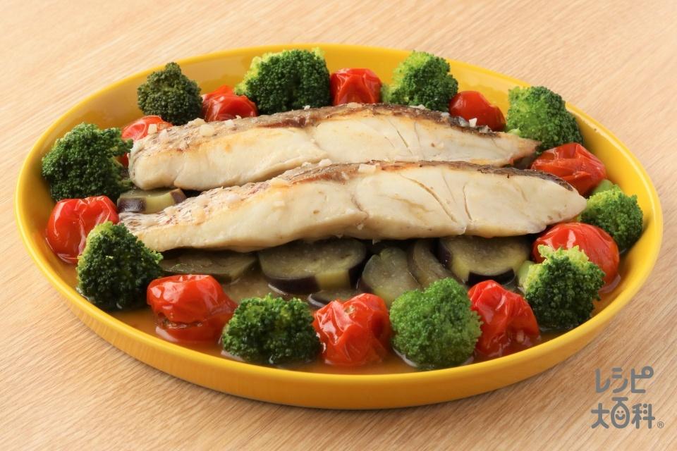 フライパンで簡単アクアパッツァ(白身魚+なすを使ったレシピ)
