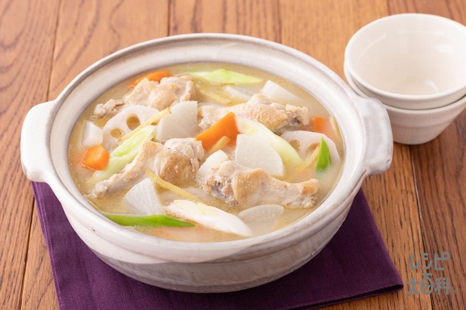 根菜しっかりサムゲタン風鍋(鶏手羽元+大根を使ったレシピ)