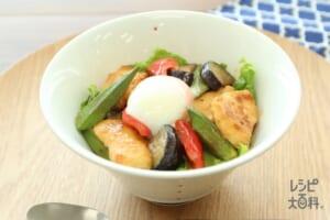 カラフル野菜のオイマヨサラダ丼