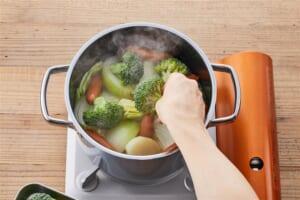 ソーセージとざく切り野菜のポトフの作り方_2_1