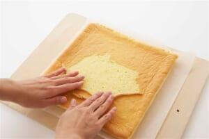 いちごのヨーグルトロールケーキの作り方_9_1