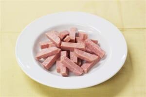 たっぷり野菜とポークランチョンミート炒めの作り方_0_1