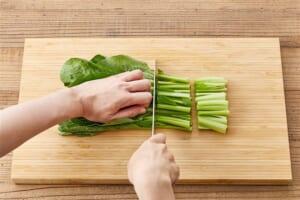 レンジで小松菜のおひたしの作り方_0_1