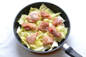 鶏肉の香りバター蒸し白菜添えの作り方_2_1