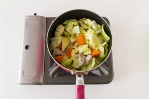 たっぷり野菜の簡単コンソメ煮の作り方_1_1