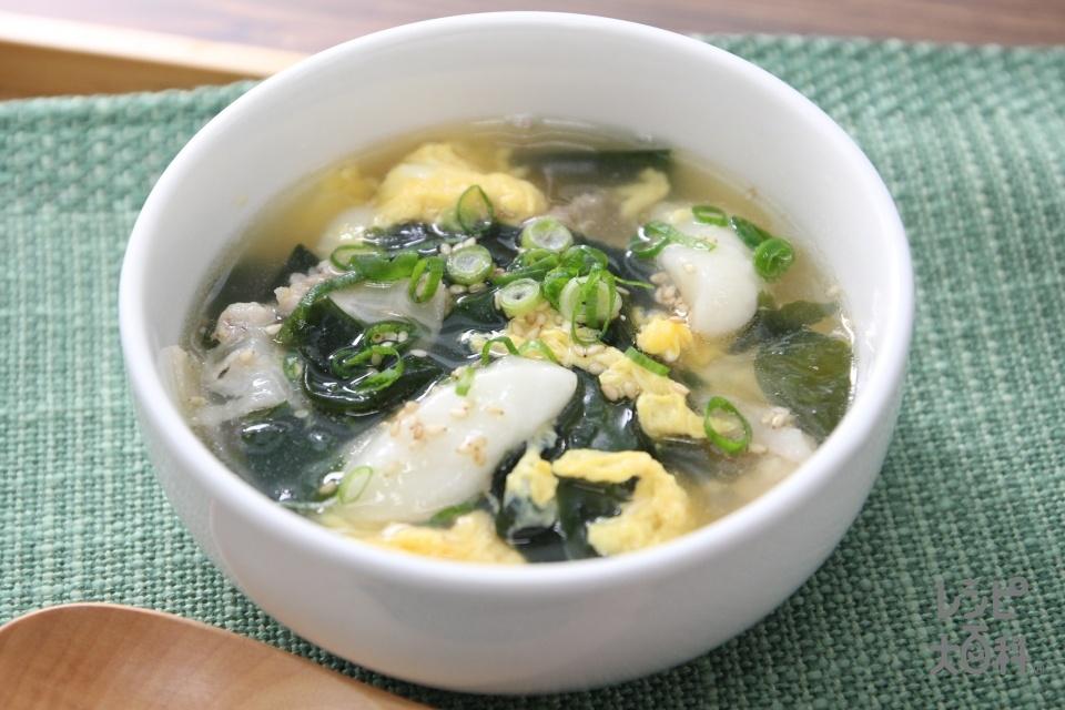 お餅でトック風スープ(餅+豚バラ肉を使ったレシピ)