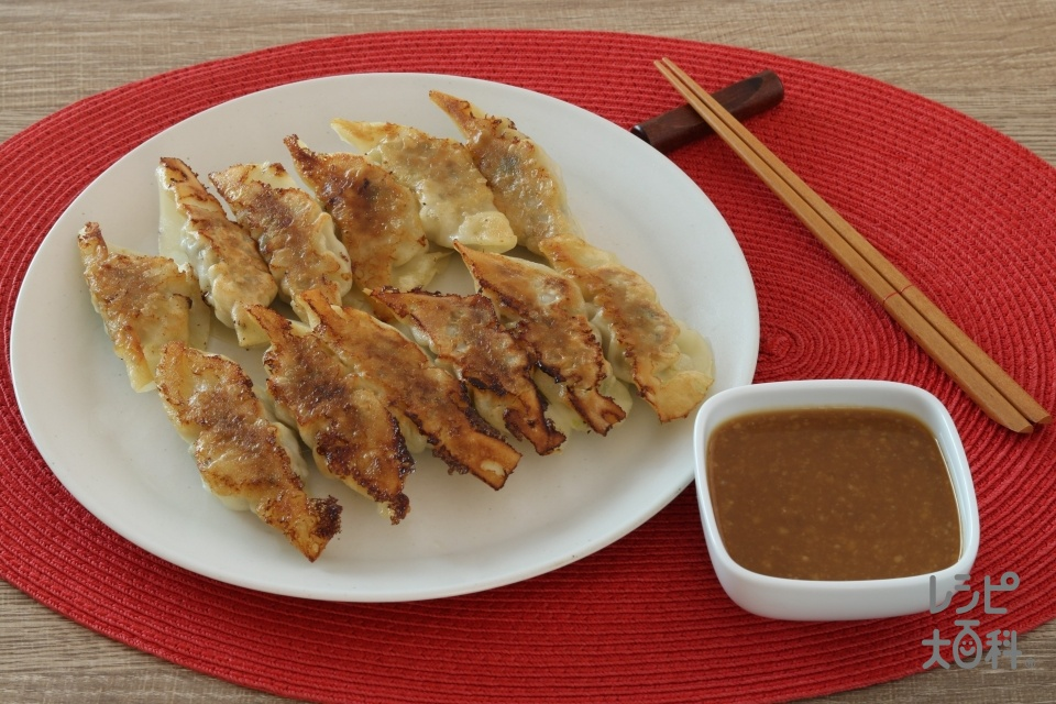 神戸餃子(餃子の皮+豚ひき肉を使ったレシピ)