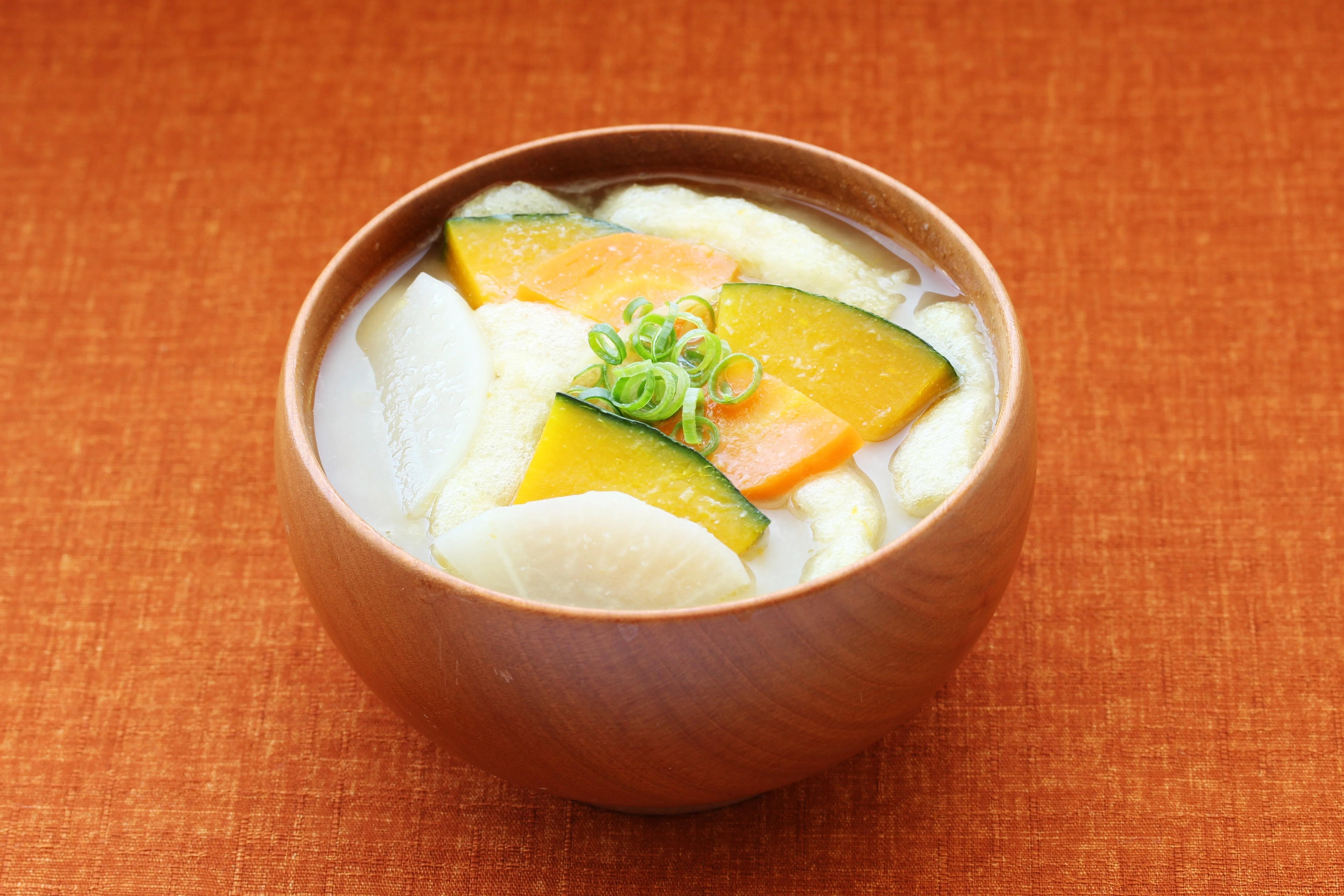 ぽかぽかけんちん和風スープー麦みそ仕立て-