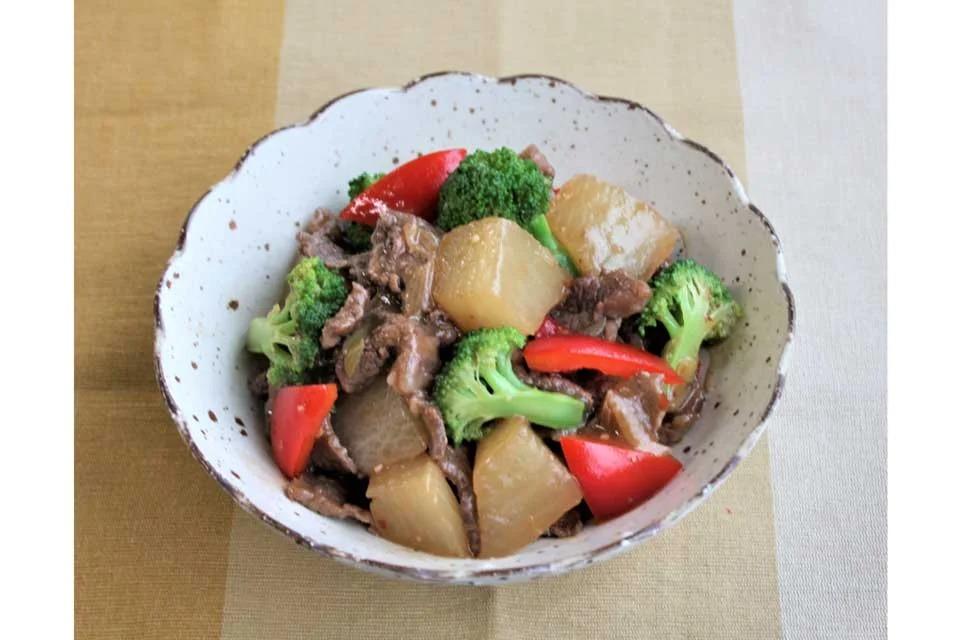 大根と牛肉の減塩ピリ辛オイスター煮込み