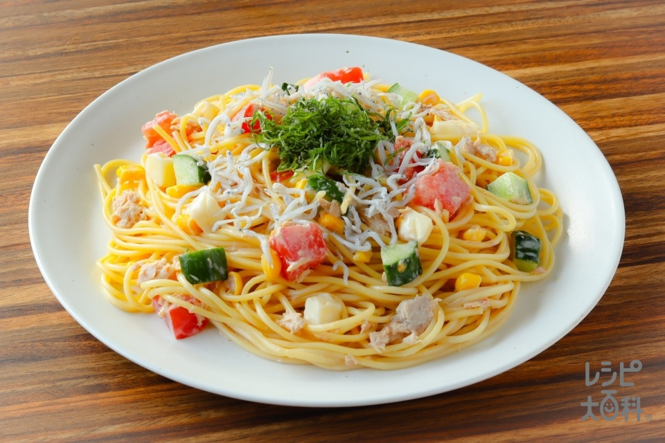 野菜とツナの和風サラダスパゲッティ(スパゲッティ+ツナ缶(ノンオイル)を使ったレシピ)