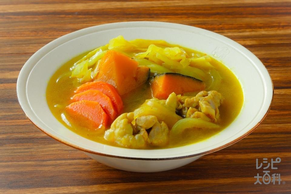 鶏肉と野菜の和風カレースープ(鶏もも肉+キャベツを使ったレシピ)