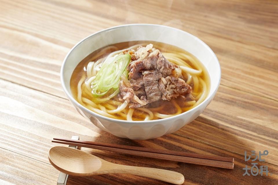 あごだし肉うどん(冷凍うどん+牛バラ肉を使ったレシピ)