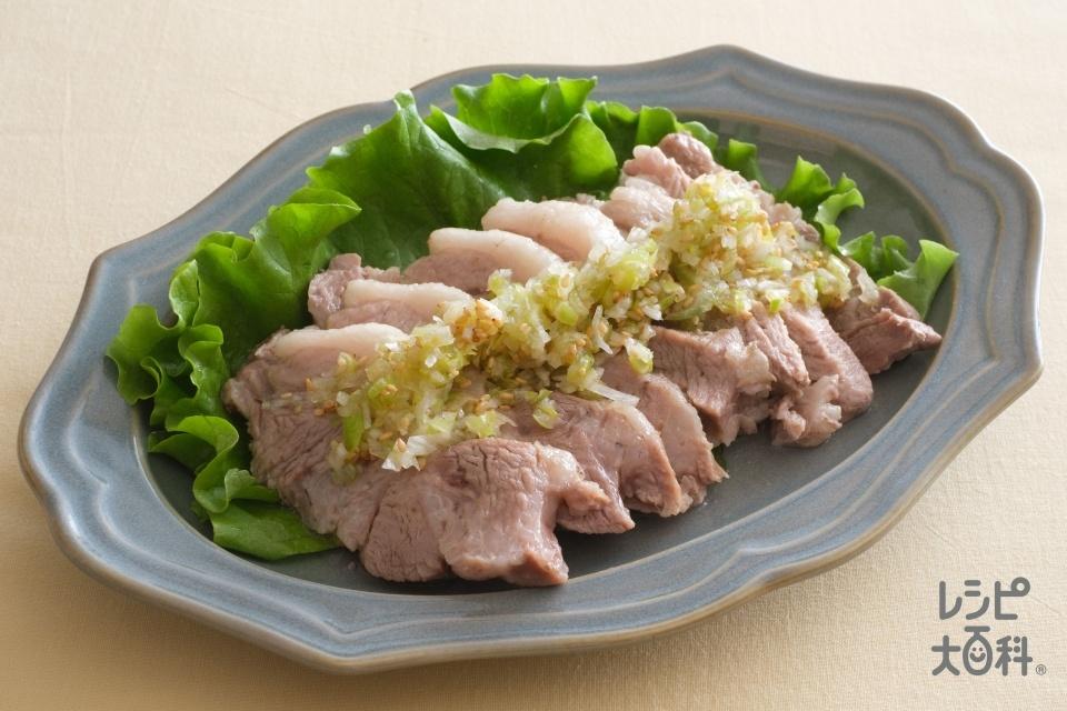 塩豚風のねぎ塩レモンだれ(豚ロースかたまり肉+長ねぎを使ったレシピ)