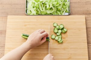 キャベツときゅうりのコールスローサラダの作り方_0_1