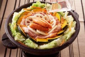 れんこんとかぼちゃ・鶏肉のだし蒸し鍋の作り方_3_2