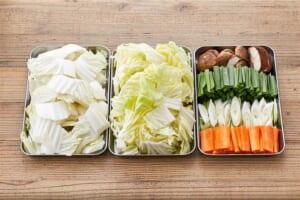 牡蠣で贅沢!めちゃうま白菜鶏がら鍋 の作り方_1_0