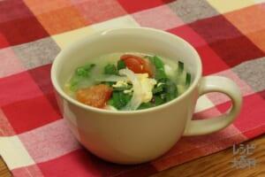 トマたまにらスープ