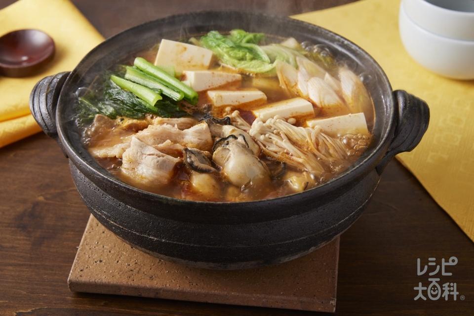 あごだし香る牡蠣キムチ鍋
